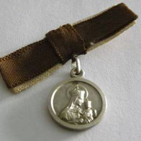 medalla de la virgen del carmen 1